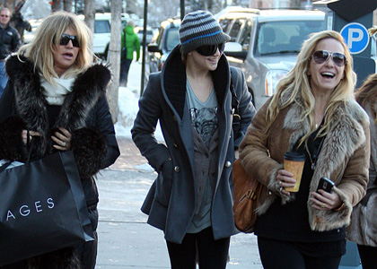 Kate Hudson and Goldie Hawn's Aspen Holiday