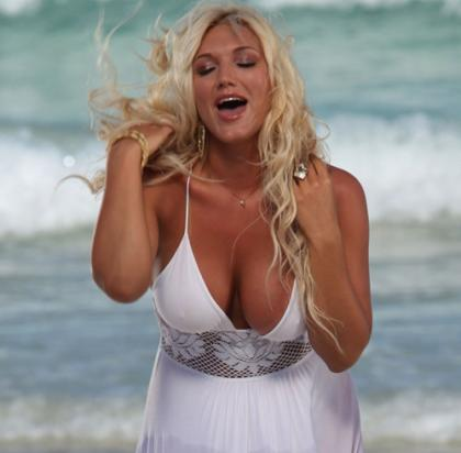Brooke Hogan Bikini Pictures Bring Up Happy Thoughts (And Scary Memories) @ Platinum-celebs.com