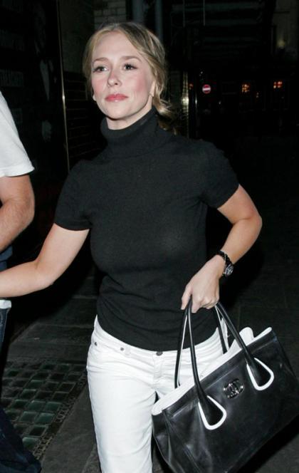 Jennifer Love Hewitt: Not Engaged