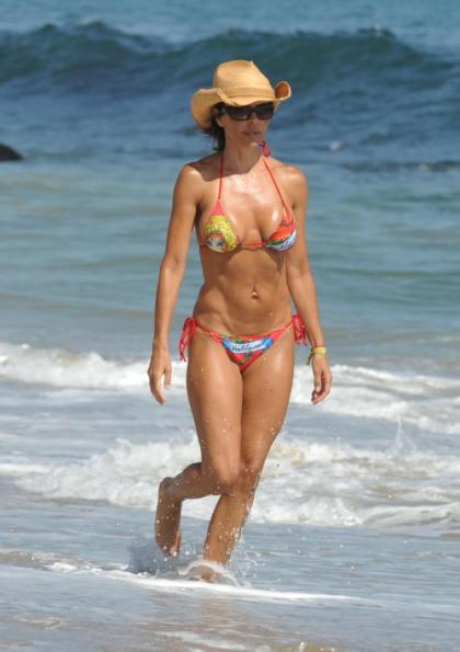 Lisa Rinna is at the beach