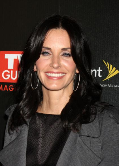 Courteney Cox is a control freak diva on 'Cougar Town' set
