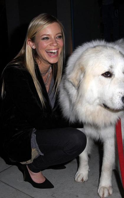 Amy Smart's Furry Fan