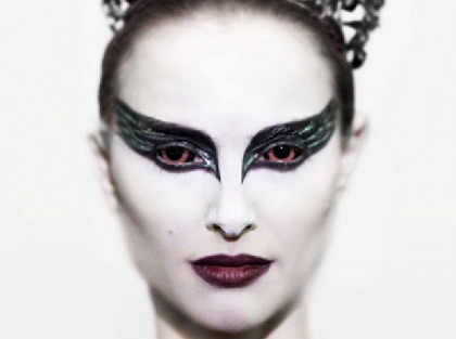 Natalie Portman looks awesome  hardcore in first images from 'The Black Swan'