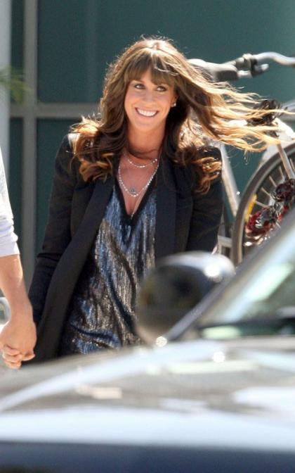 Alanis Morissette Chats with Chelsea Lately
