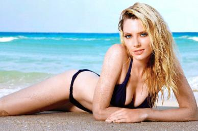 April Bowlby In Her Hot Little Bikinis