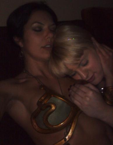 Adrianne Curry And Her Twitter Cleavage