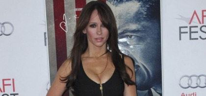 Jennifer Love Hewitt Figured Out How to Dress