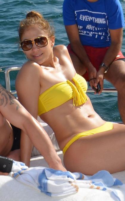 Jennifer Lopez is One Hot Brazilian Bikini Babe
