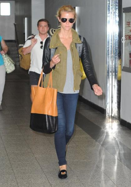 Brooklyn Decker's Natural NYC Arrival
