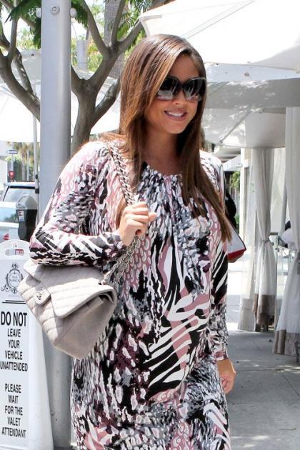 Vanessa Minnillo Lachey's Villa Blanca Lunch Date