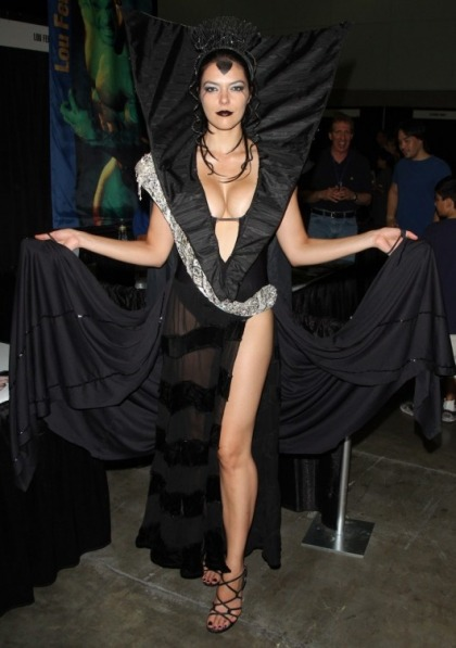 Adrianne Curry's Boobs at Comikaze