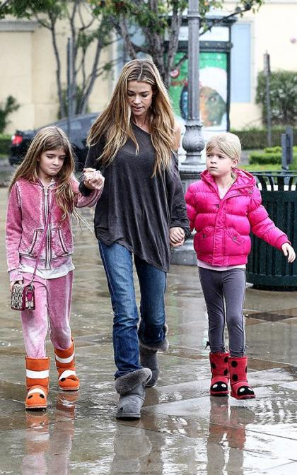 Denise Richards: Coffee With Her Girls