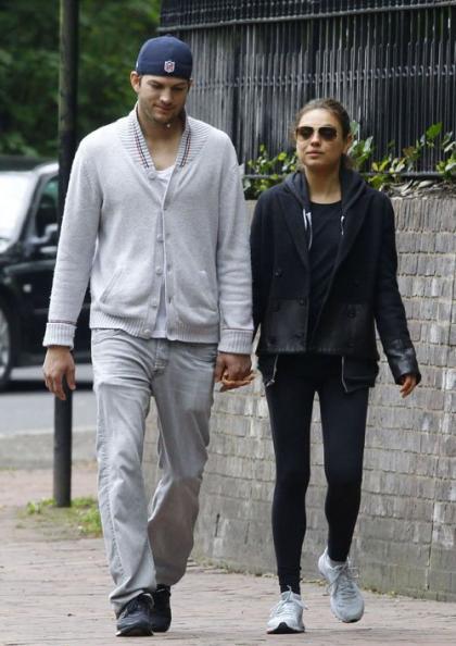 Mila Kunis and Ashton Kutcher: London Lovers Stroll