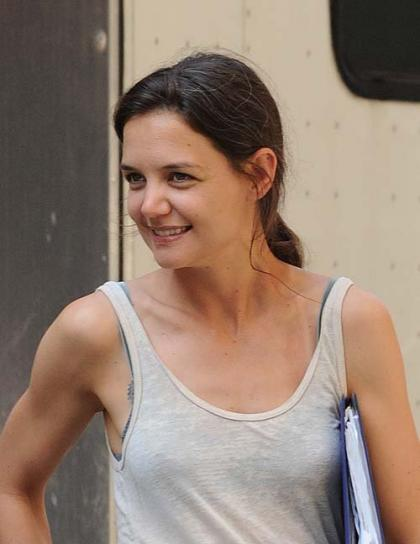 Katie Holmes: All Smiles on