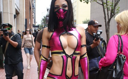Adrianne Curry In The Greatest Costume Ever!