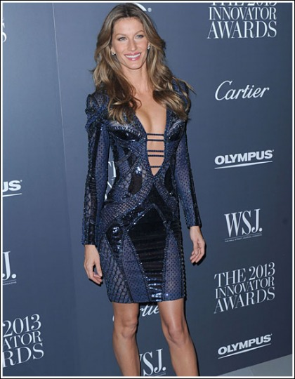 Gisele Bundchen Puts On One Hell Of A Drool-Inducing Show