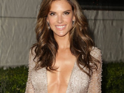 Alessandra Ambrosio's Cleavage Is Inspirational
