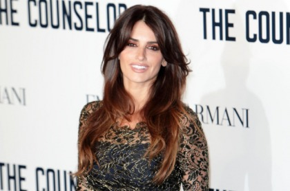 Penelope Cruz Is Addicted to Breastfeeding