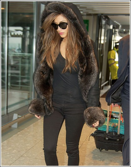 Nicole Scherzinger Bundles Up, Still Looks Ridiculously Sexy