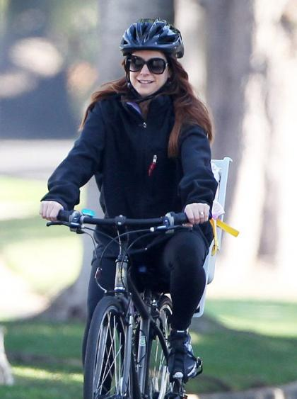 Alyson Hannigan Goes on a Joy Ride in Santa Monica