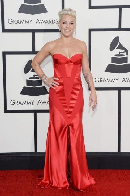 Pink Stuns on 2014 Grammy Awards Red Carpet