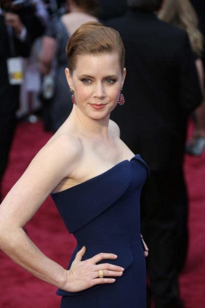 Amy Adams in navy Gucci at the Oscars: killer or underwhelming?
