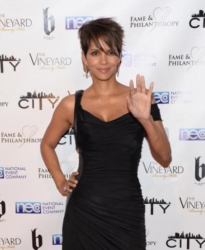 Halle Berry: Slim & Sexy at Post-Academy Awards Party