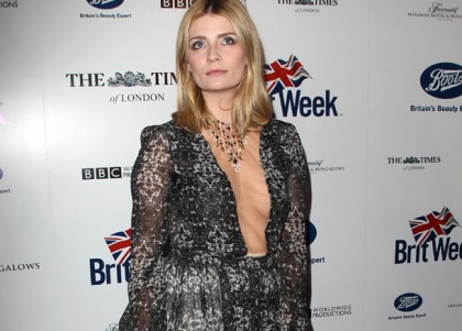 Mischa Barton's Cleavage Will Get Some Tuna Love