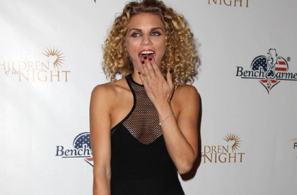 Annalynne McCord Knows How To Dress