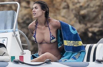 Elisabetta Canalis' Topless Sunbathing!
