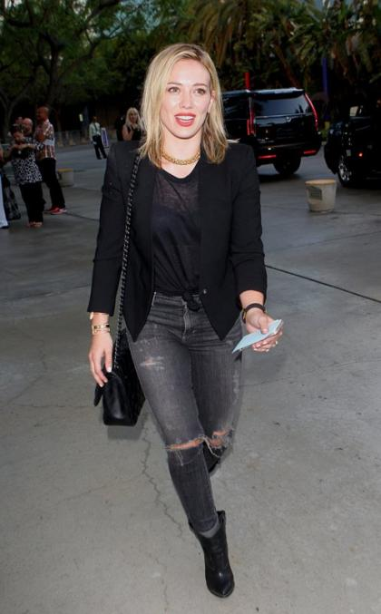 Hilary Duff Drops 'Chasing The Sun' Single: Listen Here!