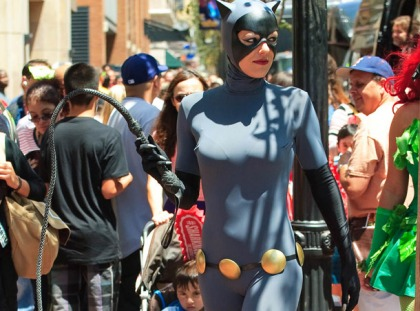Adrianne Curry Does Comic Con Good