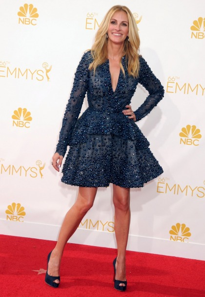 Julia Roberts in a blue Elie Saab mini at the Emmys: exhausting or adorable?