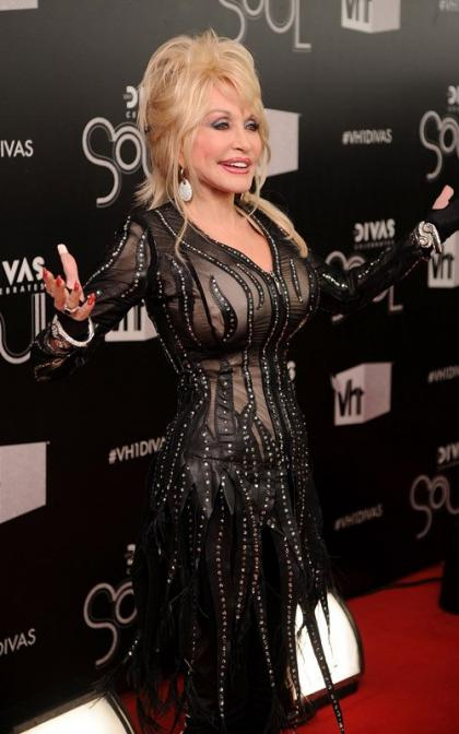 Dolly Parton Checks In with Woman's Day February 2015