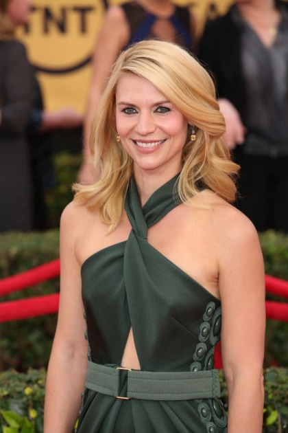 Claire Danes in army green Marc Jacobs at the SAGs: cool or weird?