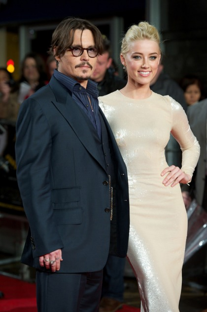 Johnny Depp, 51, & Amber Heard, 28, married in a surprise home ceremony