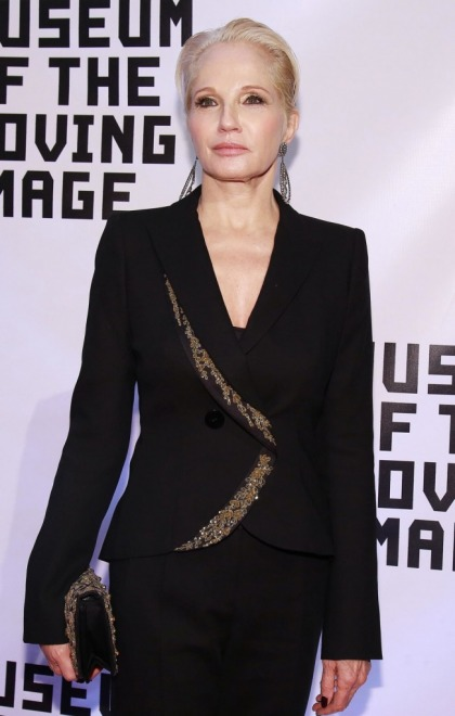 Is Ellen Barkin engaged to a British barrister she met at Clooney's wedding'