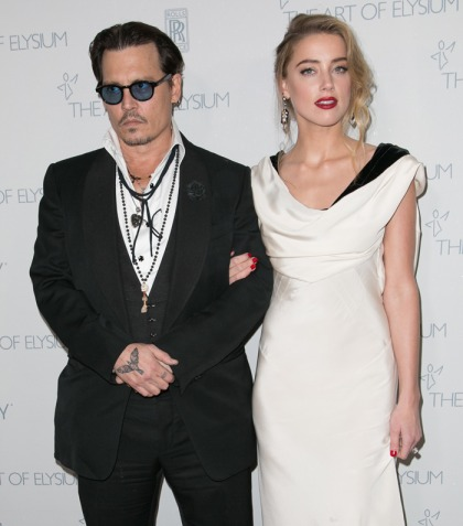Johnny Depp & Amber Heard married a second time & there are photos