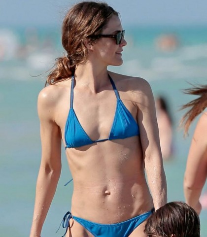 Keri Russell's Skinny Bikini Pictures