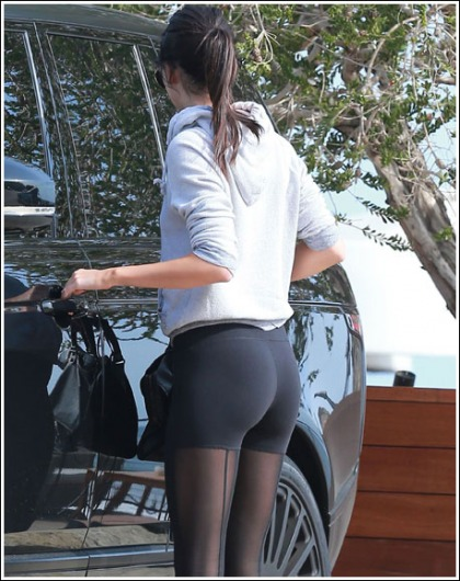 Kendall Jenner Gets Seriously Bootylicious, Oh My!