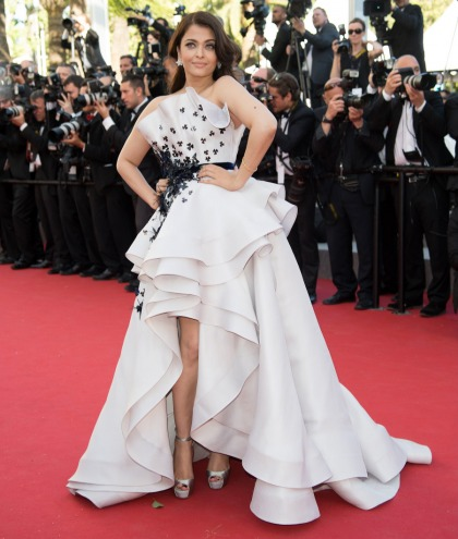 Did Aishwarya Rai's fug Ralph & Russo gown distract from her gorgeous face'
