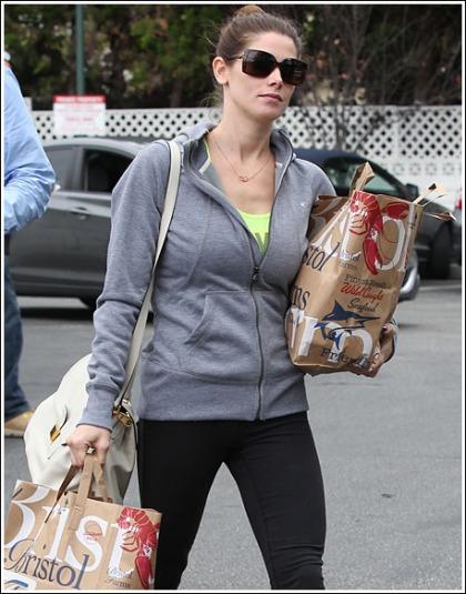 Ashley Greene Goes On A Busty And Leggy Grocery Run