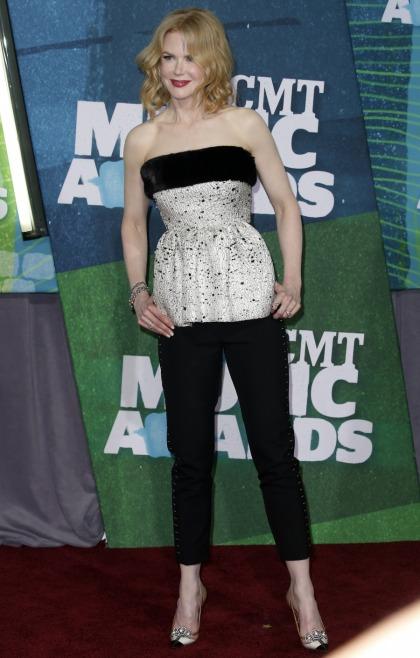 Nicole Kidman in Balenciaga at the CMTs: Botox-disaster or beautiful?
