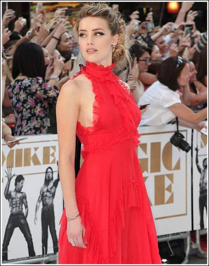 Amber Heard Puts On A Red Hot And Busty Show At The Magic Mike XXL London Premiere