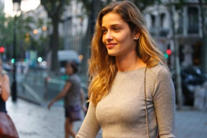 Real Model Ana Beatriz Barros Works It In The Streets
