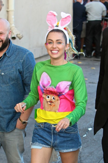 Miley Cyrus got her pasties out for Jimmy Kimmel to promote the VMAs