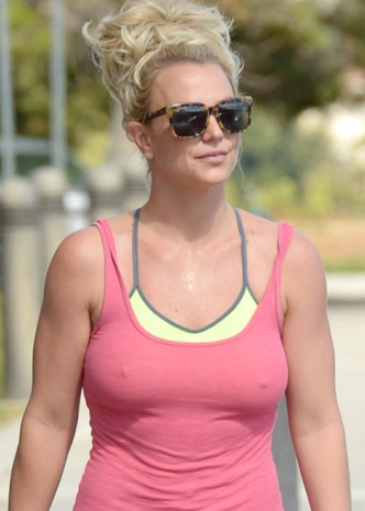Britney Spears Pokies Leaving a gym in Calabasas