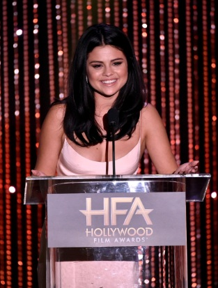 Selena Gomez Wows at 19th Annual Hollywood Film Awards