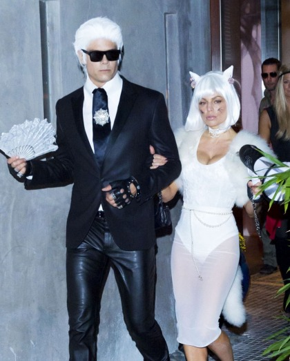 Josh Duhamel & Fergie dress up as Karl Lagerfeld & Choupette: brilliant?
