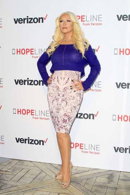 Christina Aguilera Flirts Up a Storm at Verizon's Hopeline Program Event